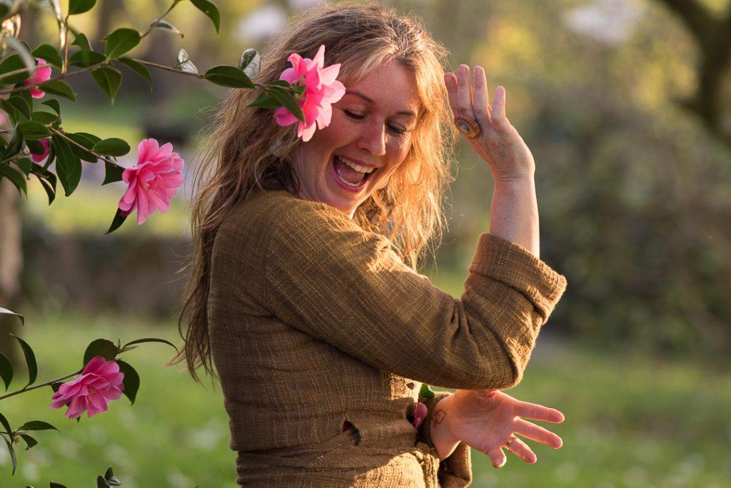 hoppi-kings-park-dancing-pink-flower-1.1